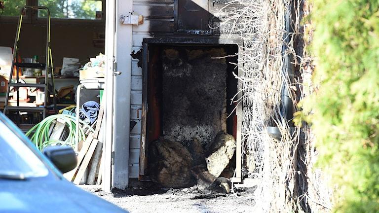 Brandskadat garage.