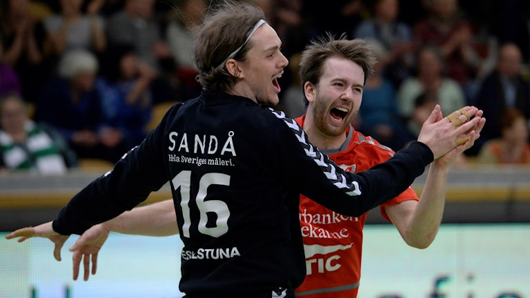 Guifselre jublar. Foto: Janerik Henriksson/TT