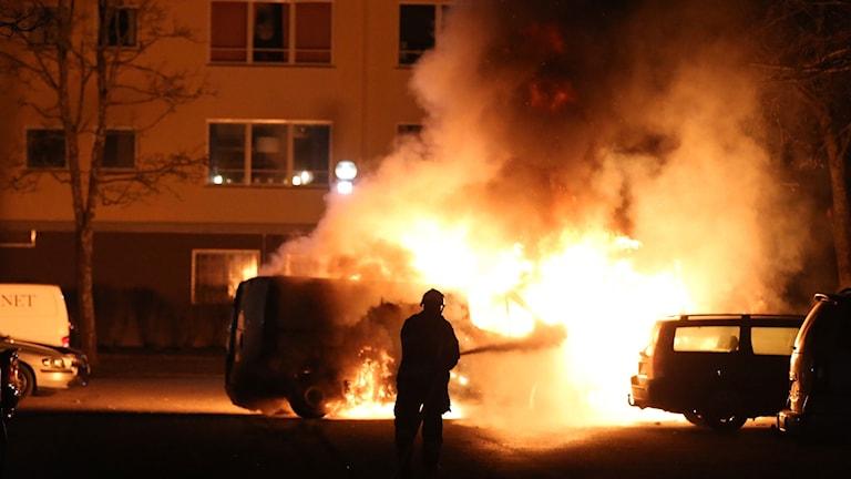 bil brinner kraftigt.