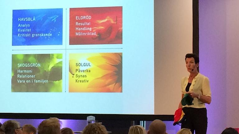 Annika R Malmberg, föreläsare, författare och framångscoach.