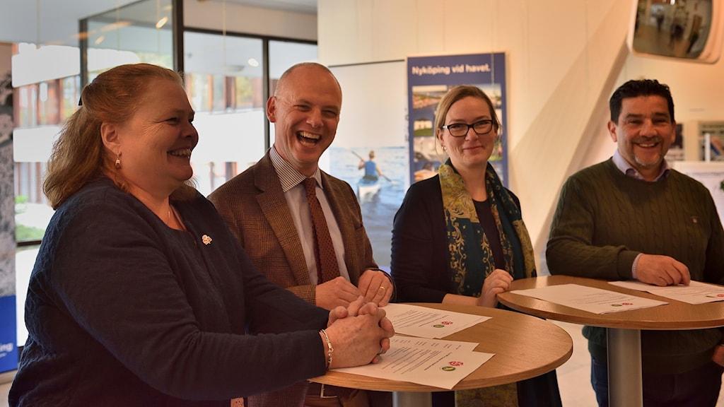 Christina Södling o Urban Granström (S) samt Malin Hagerström och Marco Venegas, (MP)