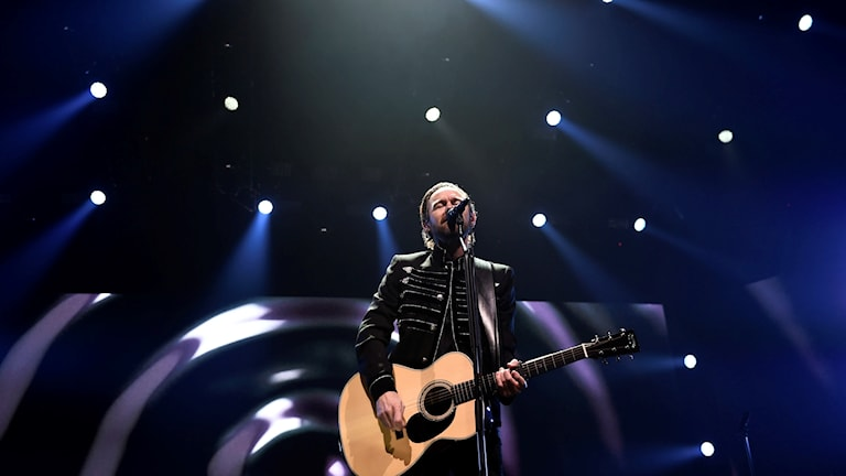 Joakim Berg på scenen vid första konserten under avskedsturnén. Foto Stina Stjernkvist/TT.