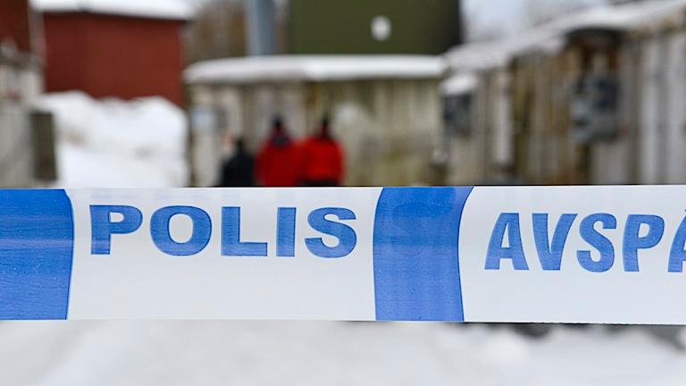 Polisavspärrning på gård i Stjärnhov. Foto: Per Thyrén/Sveriges Radio.