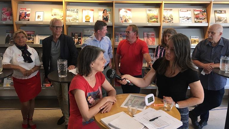 Jannine Rivel intervjuas av Katarina Wahlström.