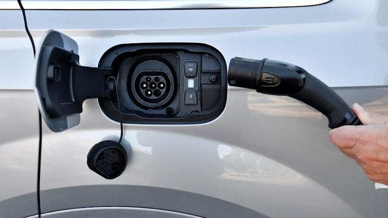 Laddningsuttag till elbil