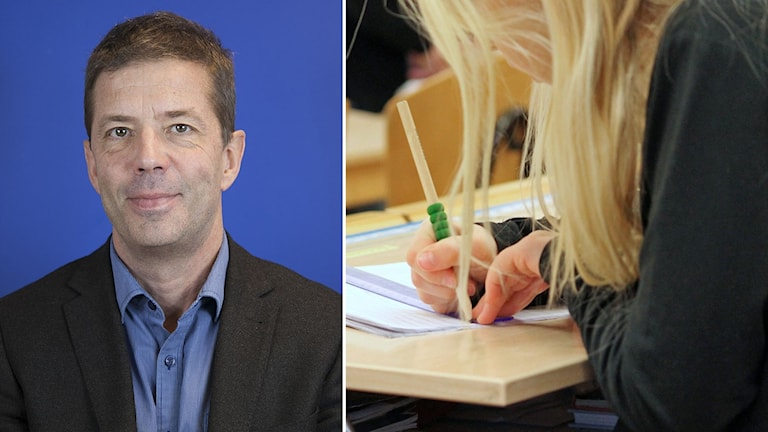 Utbildningschefen i Oxelösund, inklippt vid sidan av elev som pluggar vid skolbänk.