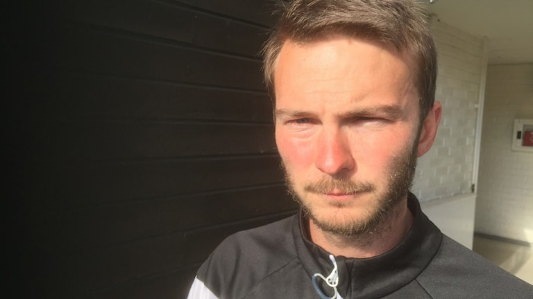 Jonatan Hansson vikarierande couch i Nyköpings BIS