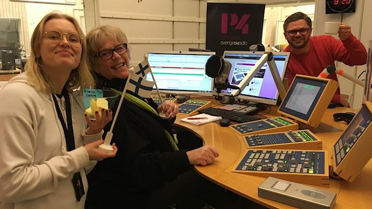 Linnea, Susanne och Svante i studion