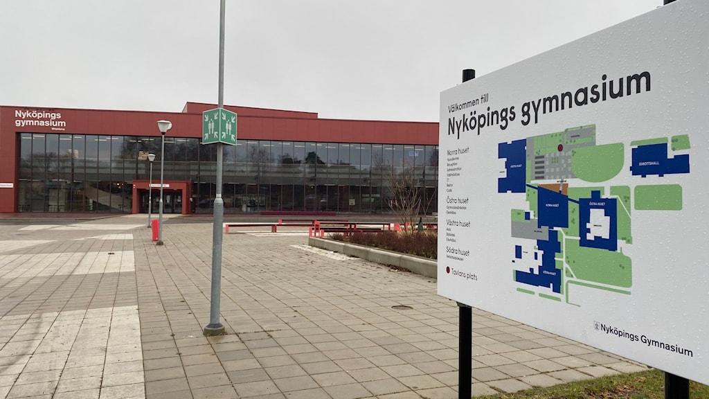 Nyköpings gymnasium, Gripenskolan.