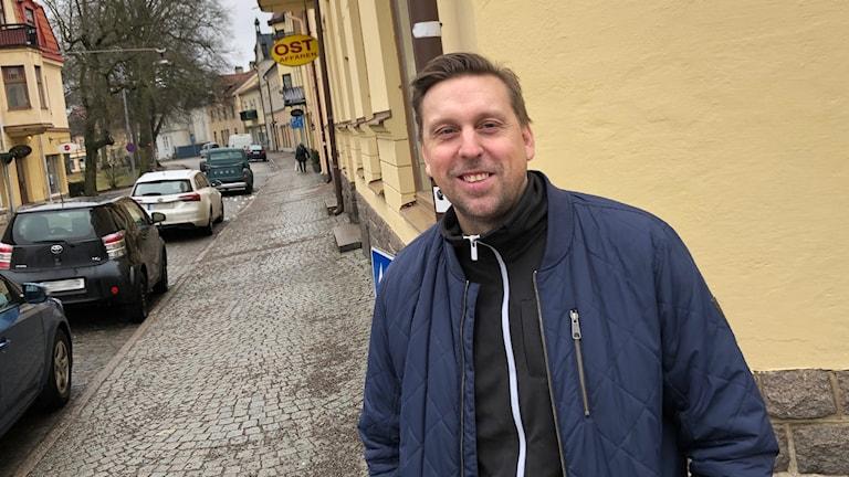 Björn Eriksson vid Ostbutiken i Strängnäs.