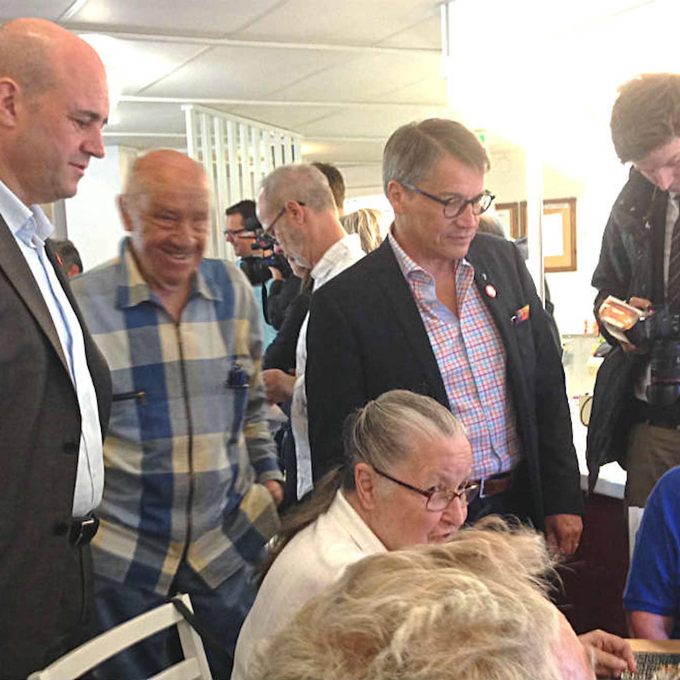 Min granne, partiledaren – Fredrik Reinfeldt och Täby