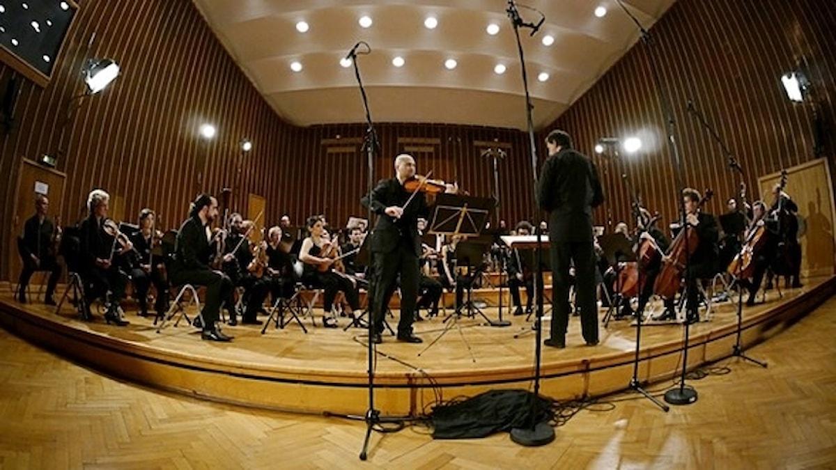 Syrian expat philharmonic orchestra då de spelade i Bremen 2015.
