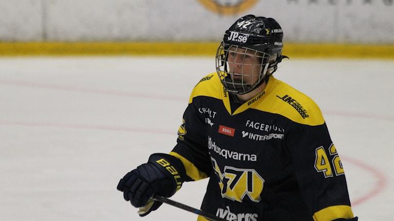 Jenni Asserholt är tillbaka i HV efter mammaledighet förra säsongen