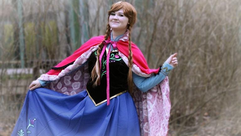 Lizandra Hermansson, utklädd till Anna i Frost.