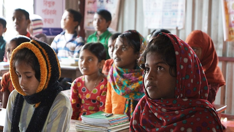Skolbarn i Erikshjälpens skola i Bangladesh