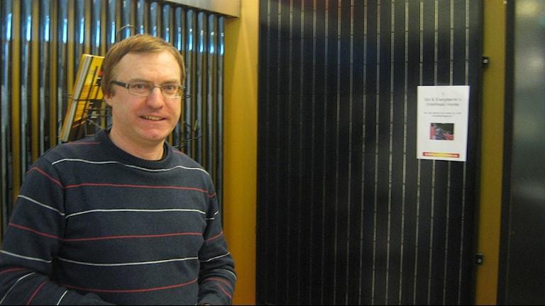 Peter Lameksson, energirådgivare på Energicentrum i Jönköping. Foto: Dan Segerson/Sveriges Radio.