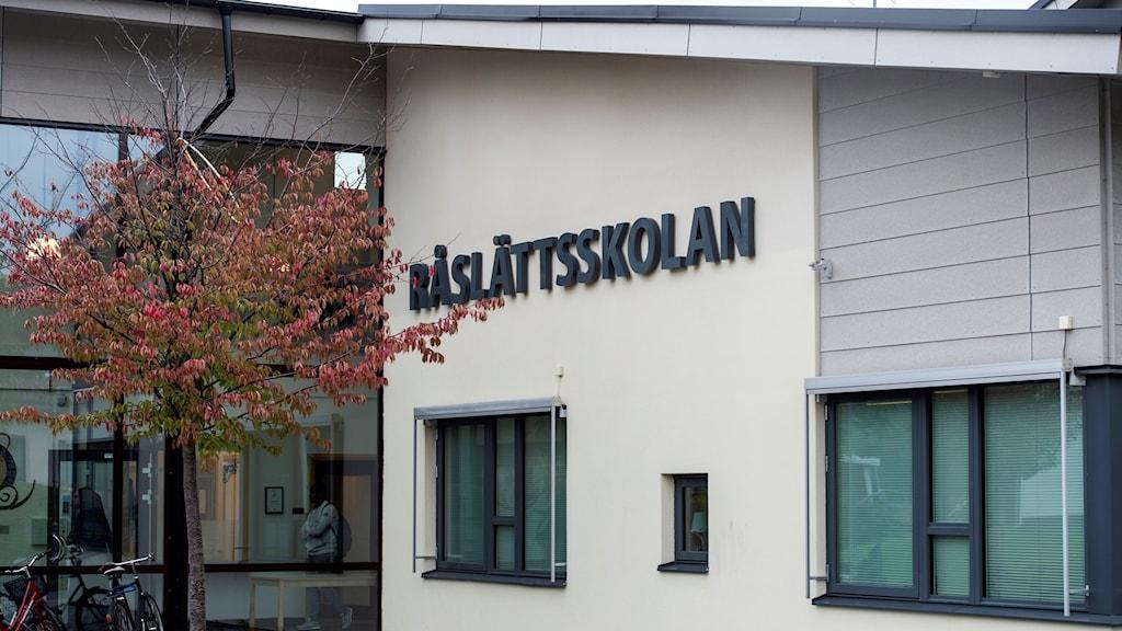 Bild på Råslättsskolan.