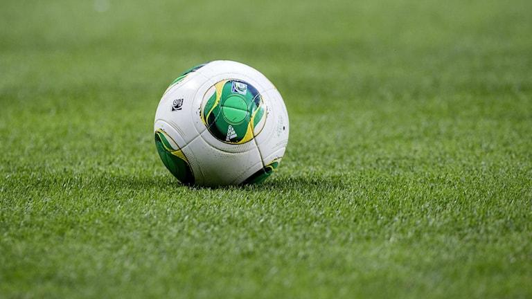 Konstgräs, fotboll