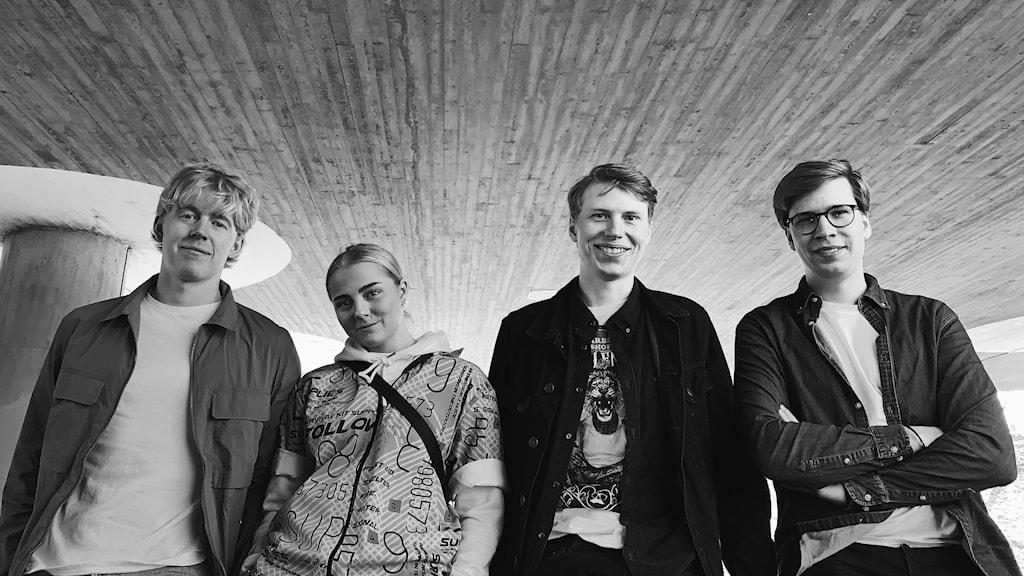 Fyra bandmedlemmar i Mackan n Matthews