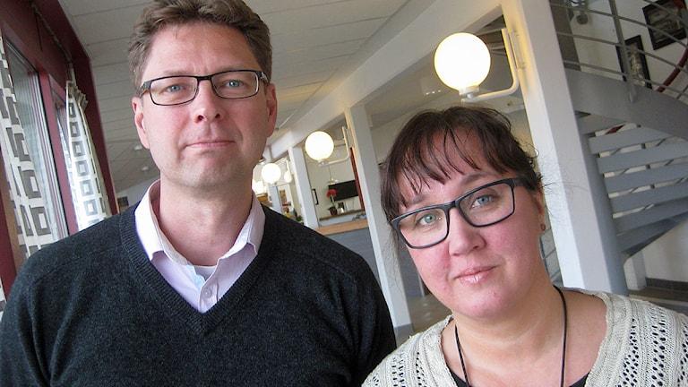 Marcus Eskdahl och Mia Frisk. Foto: Peter Jernberg/Sveriges Radio