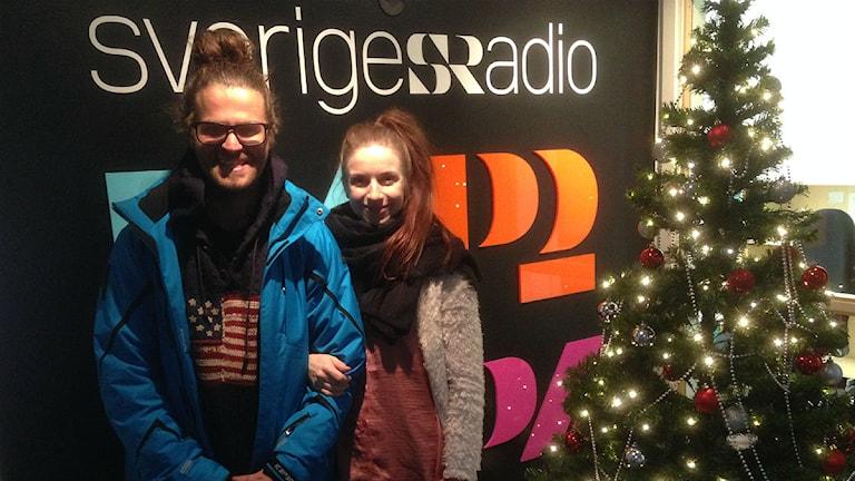 Philip och Karin i radiohuset i Jönköping