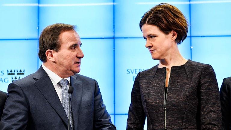 Stefan Löfven (S) och Anna Kinberg Batra (M)