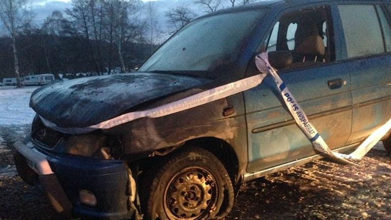 Brandskadad bil vid Oset.