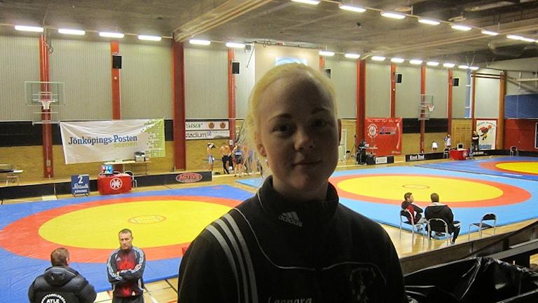 Leonora Krassman, brottare från Helsingborg på plats i Huskvarna där brottartävlingen Vättercupen avgörs.