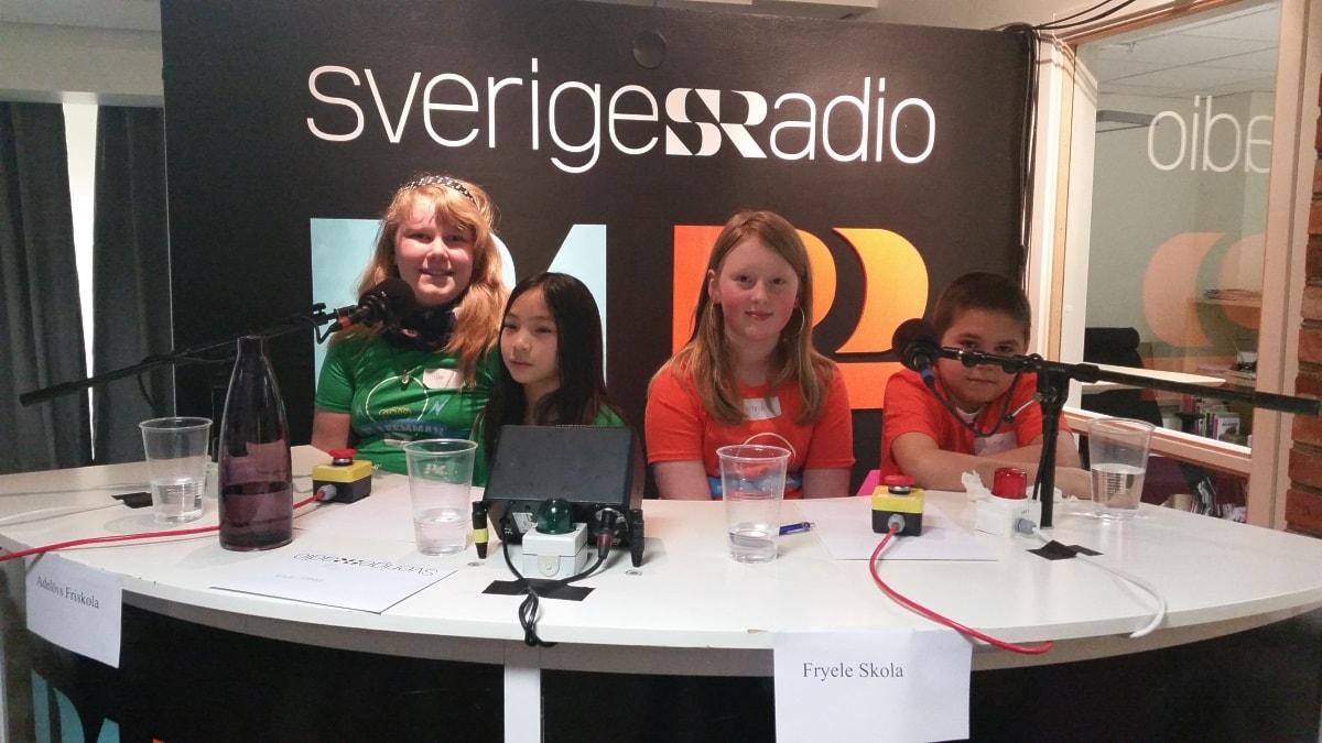 De tävlande från Adelövs och Fryele skola i den tredje kvartsfinalen. Foto: Therese Edin/Sveriges Radio.