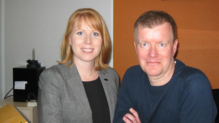 Annie Lööf gästar Magnus Nilsson i studion. Foto: Karin Malmsten/Sveriges Radio.