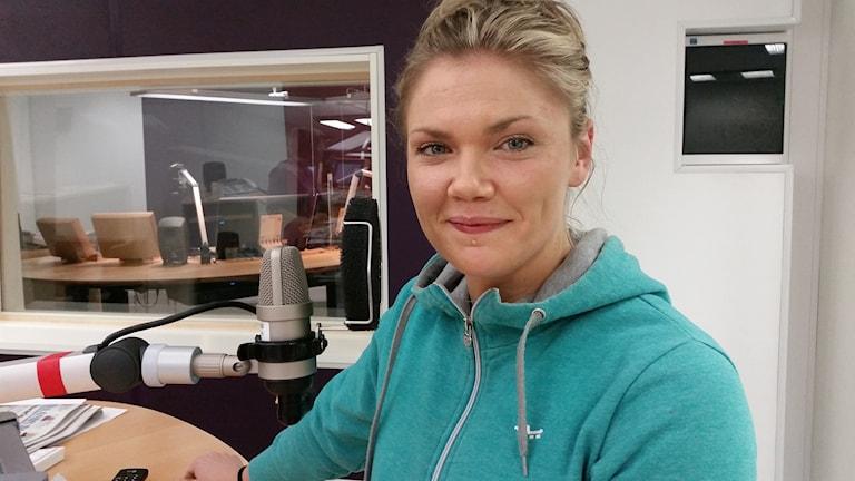 Elin Hegestrand är officiell massös för Melodifestivalen. Foto: Elin Ericsson/Sveriges Radio