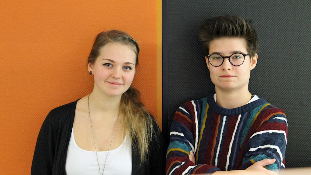 Systerlyssna - Frida Hedenberg och Karolina Szewczyk. Foto: David Westh/Sveriges Radio