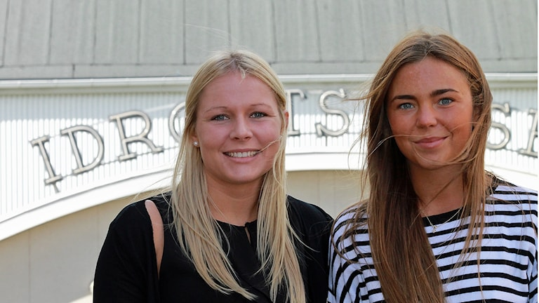 Clara Lundell och Felica Glad, Jönköpings IK. Foto: David Westh/Sveriges Radio