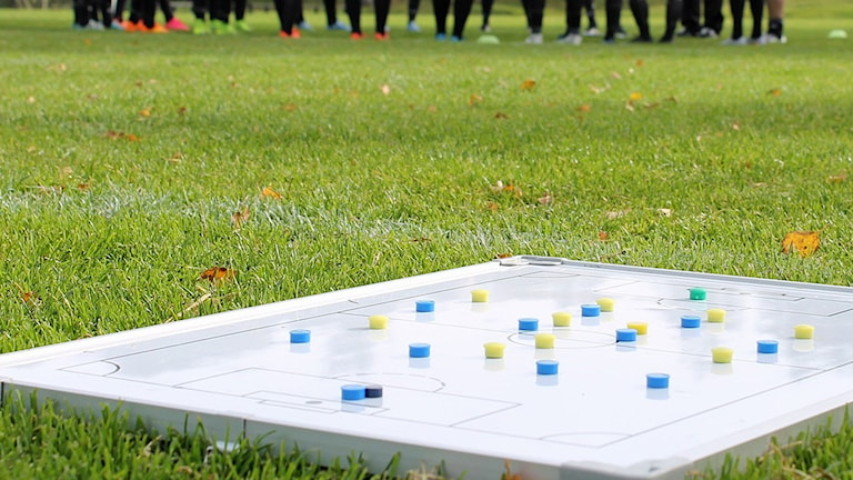 Fotboll, taktiktavla. Arkivbild, foto: David Westh/Sveriges Radio