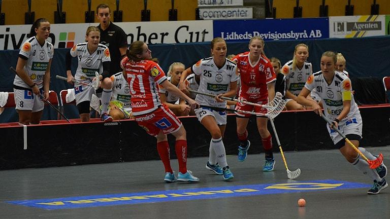 JIK mötte Karlstad i Kinnarps Arena (Foto: Henrik Gustavsson/Sverigesradio)
