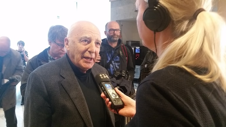Leif Silbersky om varför 51-åringen erkänner gärningen i Norrahammar. Foto: Therese Edin/Sveriges Radio