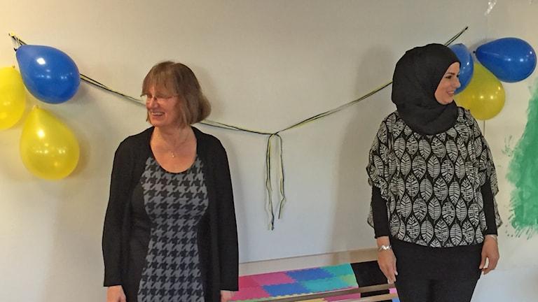 Eva Lindh och Soha El-Ayneine vid invigningen. Foto: Kjell Ahlkvist/Sveriges Radio