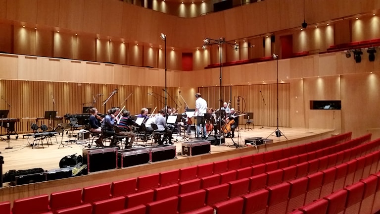 Sinfoniettan spelar in filmmusik på Spira. Foto: Therese Edin/Sveriges Radio.