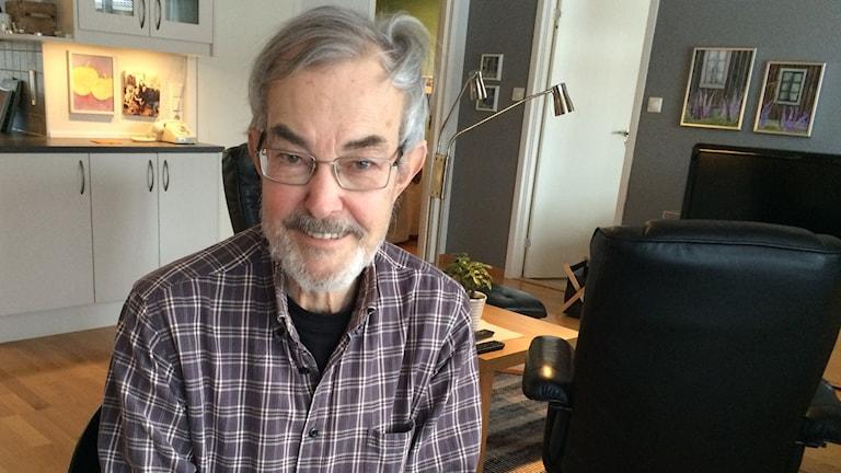 Sven-Ove Rylner ser stora brister på äldreboenden. Foto: Emma Johansson/Sveriges Radio