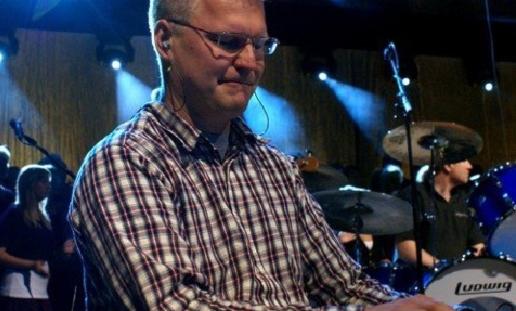 Håkan Persson, pianist från Huskvarna, hamnade i Frankfurt istället för Jönköping. Foto: Privat