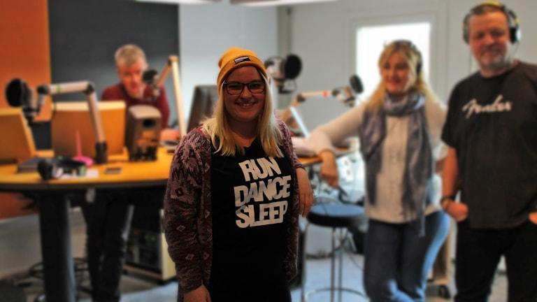 Carolina Bengtsson med Staffan Hagberg, Karin Selldén och Magnus Nilsson. Foto: David Westh/Sveriges Radio