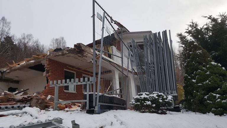 Huset i Norrahammar rivs