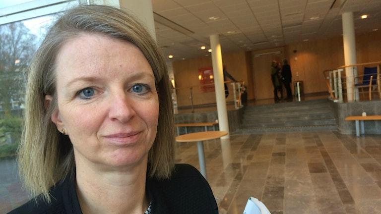 Bild på Anette Pettersson som är hälso- och sjukvårdsstrateg.