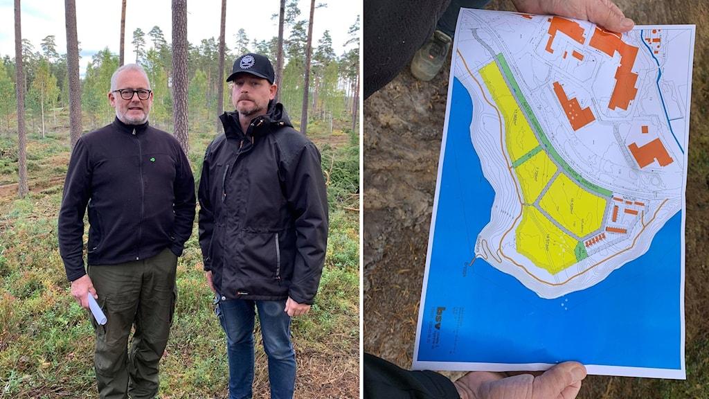 Två män står i en skog och bredvid syns en terrängkarta.