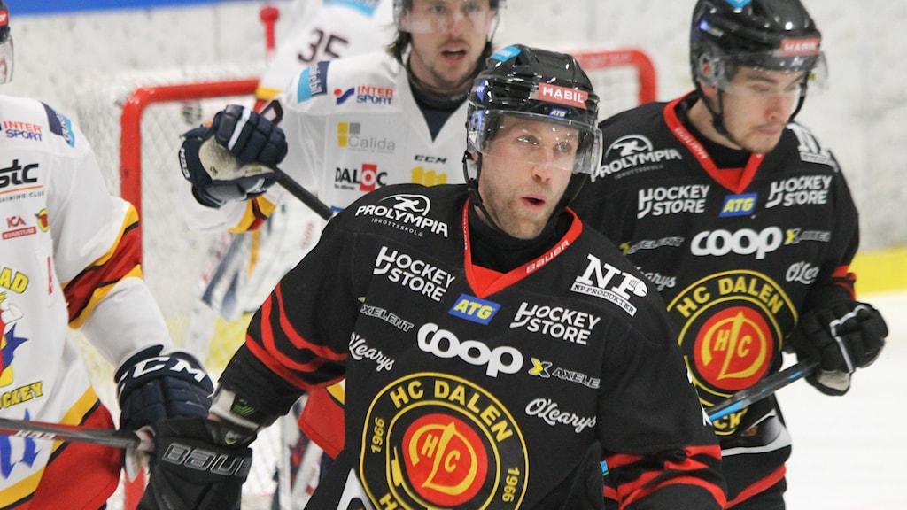 37 årige Martin Thörnberg har skrivet ett nytt kontrakt med HC Dalen till nästa säsong.