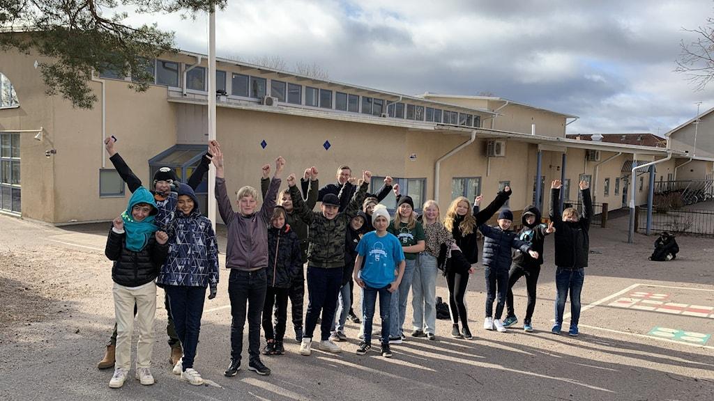 En klass framför skola