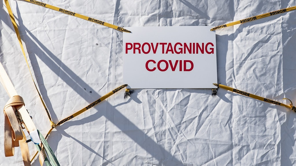 Högt tryck på länets vårdcentraler för provtagning för covid-19.