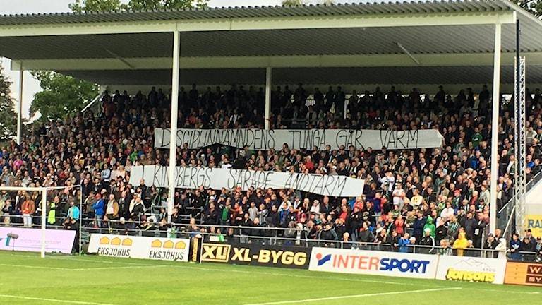 Banderoll Södra supportrar J-Södra