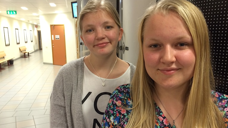 Alma och Karolina, Brinellgymnasiet i Nässjö.