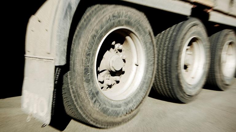 Däck på en lastbil.